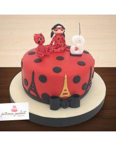 Bolo Temático Ladybug (vermelho)